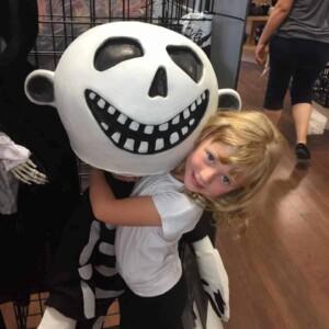halloween costume skellington