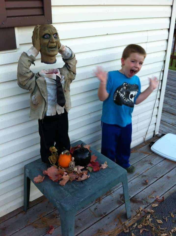 Halloween decorations Canada