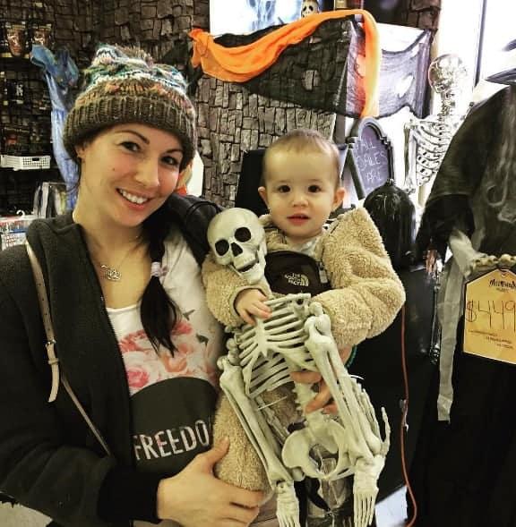 halloween alley skeleton