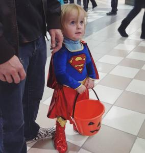 halloween supergirl kid