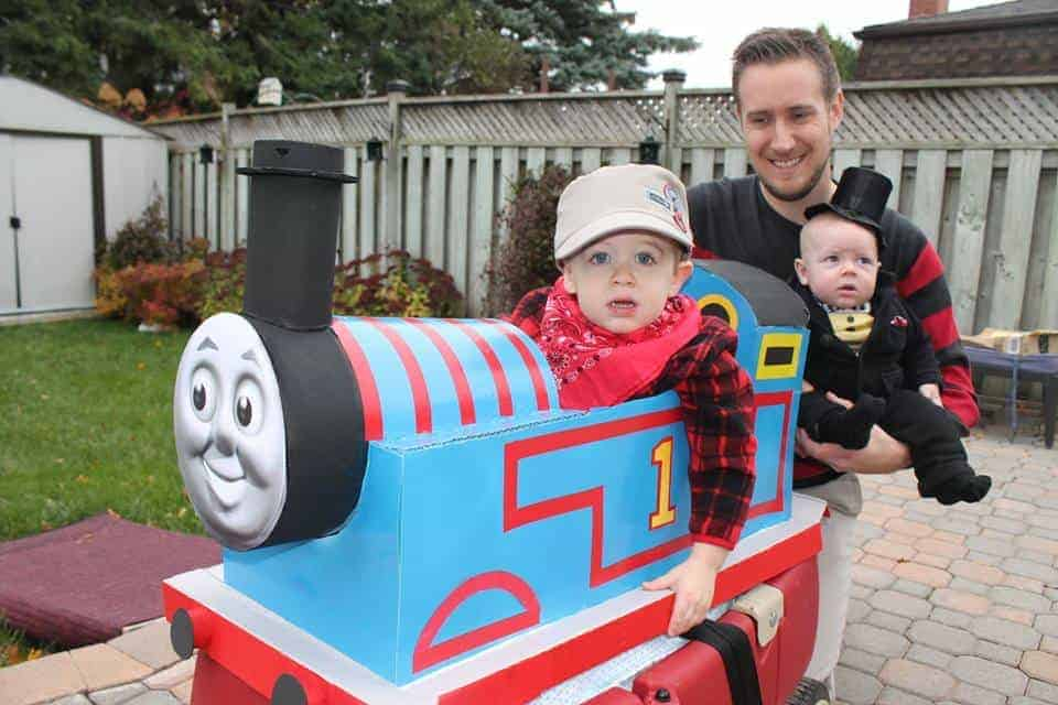 Experience Halloween 2015 Thomas Costume