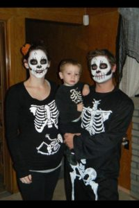 Family of 4 Halloween costumes