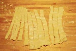 puff-pastry-cut-in-strips