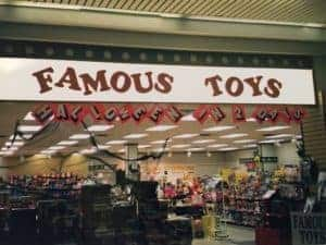 famous-toys-halloween-alley-store-front-2005