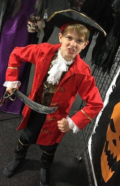 classic-pirate-costume