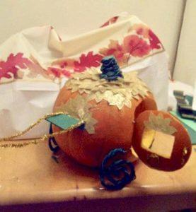 pumpkin-carving-cinderellas-carriage